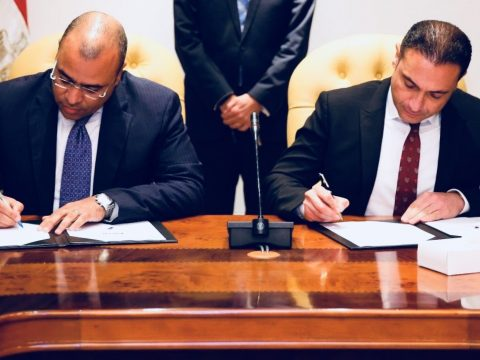officials from TE and Fiber Misr sign MoU